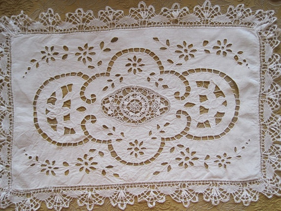 Gorgeous Antique French Linen, Hand Made Bobbin Lace & Hand Embroidred Tray Cloth / Runner