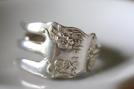Berkshire -Seafood Fork Ring