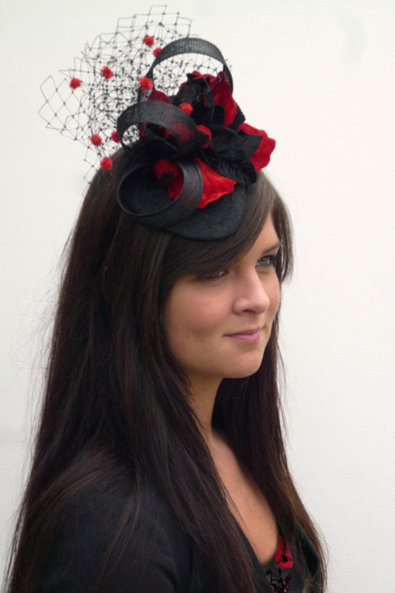 Burlesque black and red mini hat on aliceband, Dutch Design