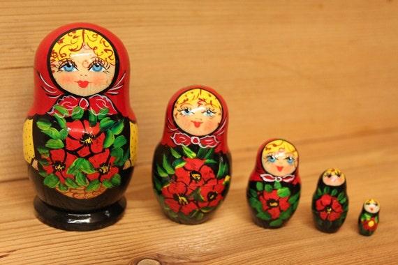 Matryoshka Nesting doll babushka doll with red scarf set of 5