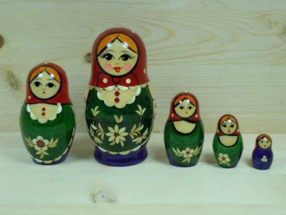 Babushka Nesting Dolls matryoshka dolls set of 5