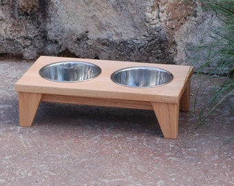 Raised Dog Bowl in Natural Oak (Small)