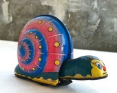 Colorful Tin Snail Toy with Wheels and Bobbing Head - londabianca