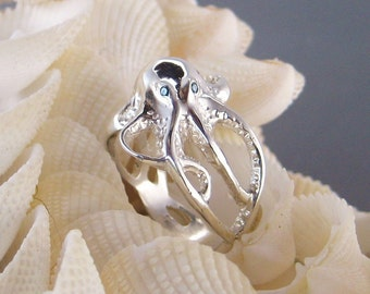 "Sterling Silver ""Octopus"" ring w/Blue Diamond ""eyes"""