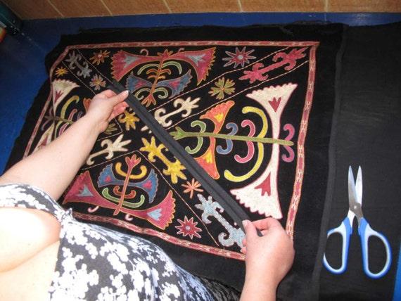 Beautiful silk handmade   mysterious lakay flowers pattern embroidered Suzani Pillow Cover 19.5 x 28.7