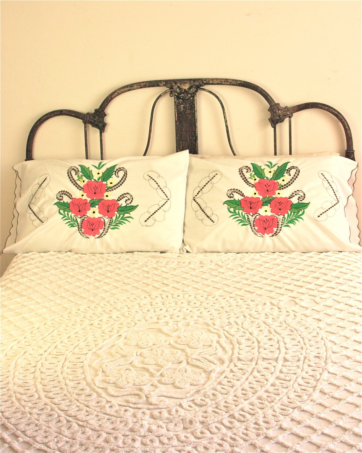 Pair of vintage mexican embroidered pillow by