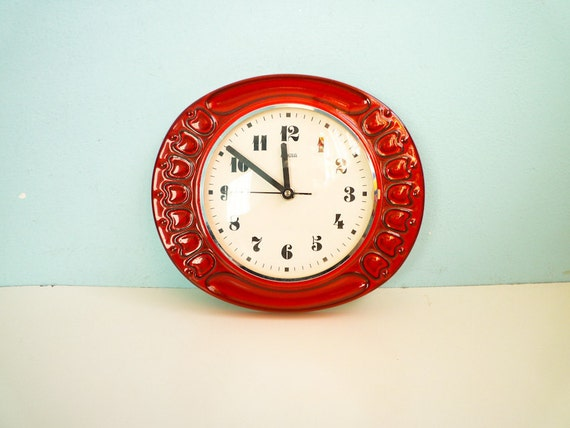Kitchen Wall Clock Ceramic Red and White Working