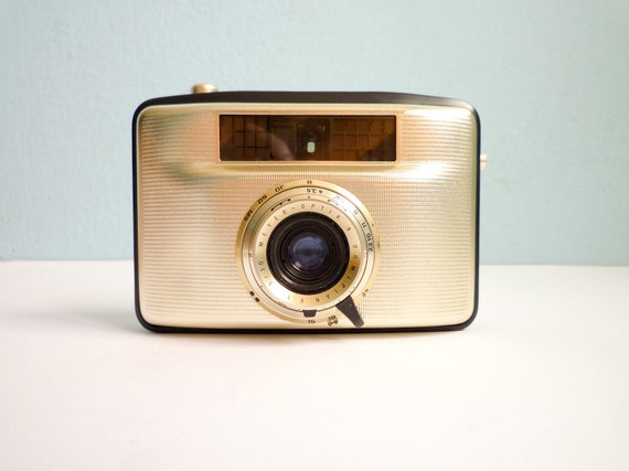 Vintage Lomo Film Camera Penti II 60s working gold and white