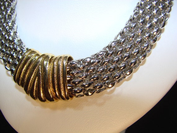 Vintage Silver/Gold Tone Bold Mesh Necklace w/ Magnetic Closure as seen on hit TV show Revenge