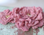 Mauve Hand Felted Brooch Set