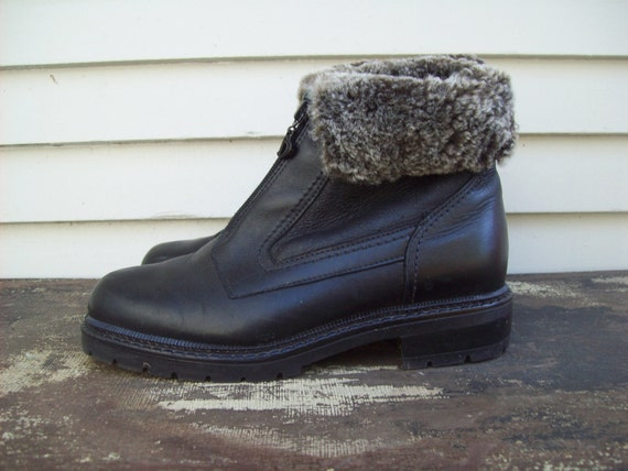 Genuine Shearling Blondo Ankle Boots Size 7b