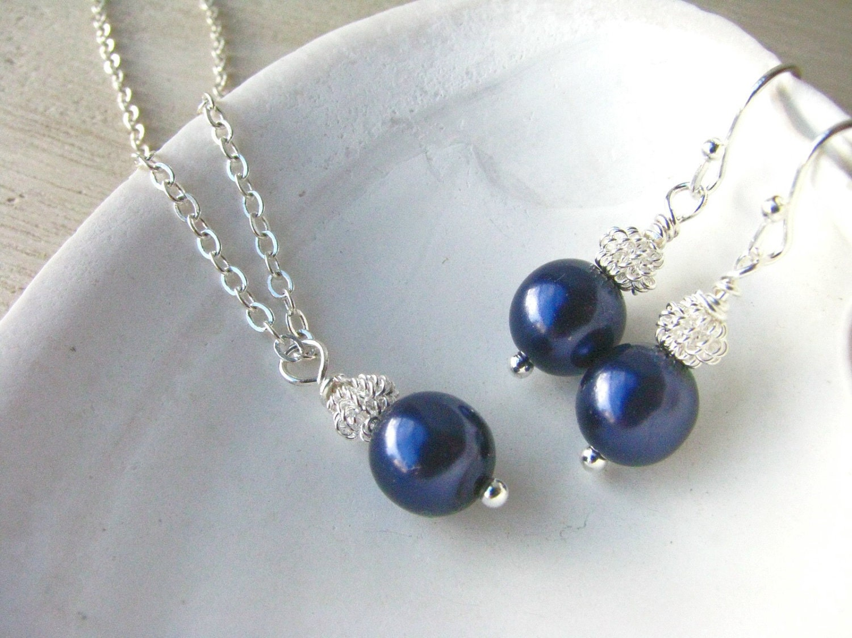 Bridesmaid Jewelry Navy Blue Pearl Bride or Bridesmaid Gift