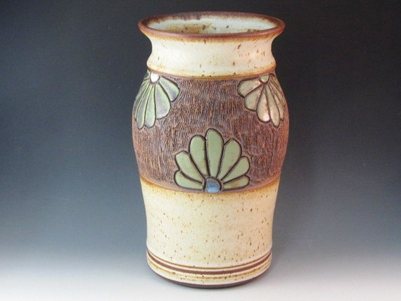 Large Vase With Flowers Carved In And Texturing