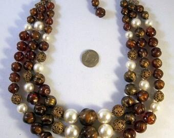 Madmen Vintage Necklace Triple Strand Brown Gold