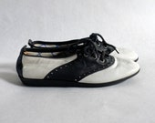 vtg bass saddle shoe sneakers size 4 1/2 5 3