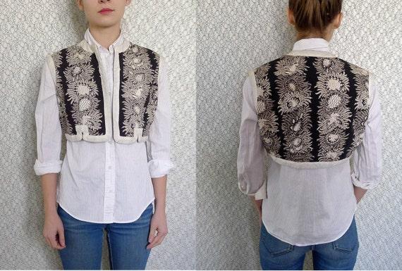 BARGAIN! Vintage 1960s Bohemian Paisley Vest XS S M