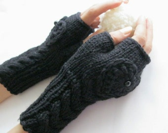 IN LOVE...again... Black Fingerless Gloves with a  HEART