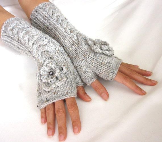 LIGHT  GRAY LONG Fingerless Gloves with a flower