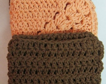 Dark Red, Brown and Peach Wash Cloth.