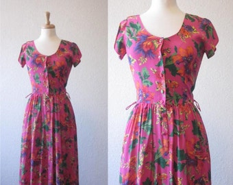 FREE SHIPPING//Vintage hot pink and floral dress//Short sleeve button down dress