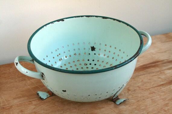 Vintage French Mint Aqua Green Enamel Colander - Rustic.. Retro.. Shabby Chic Kitchen