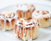 Cinnamon Bun Soaps - soap gift set - food soap - 2 buns - 4 oz of deliciousness - Cinnamon Rolls