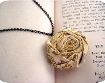 The Lorelei Necklace