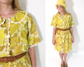 1960s Pan Collared Bright Floral Button Up Dress.