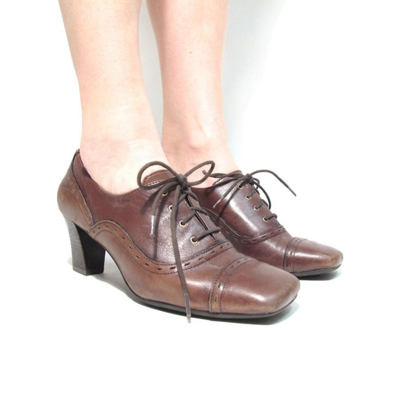 Heeled Leather Mahogany Leather Oxfords Perforated Detail. Size 7.5 to 8.