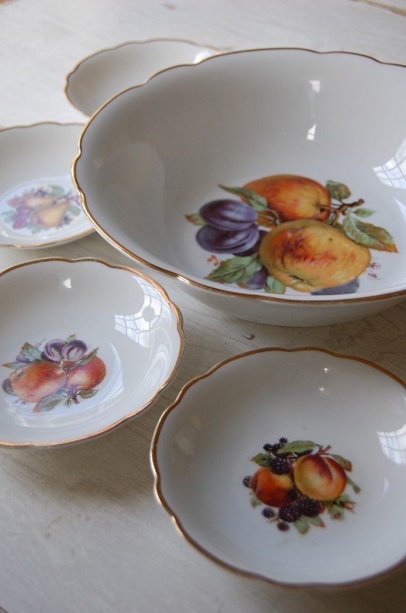 RESERVED for Cynthia Vintage Bavarian Fruit Bowl Set