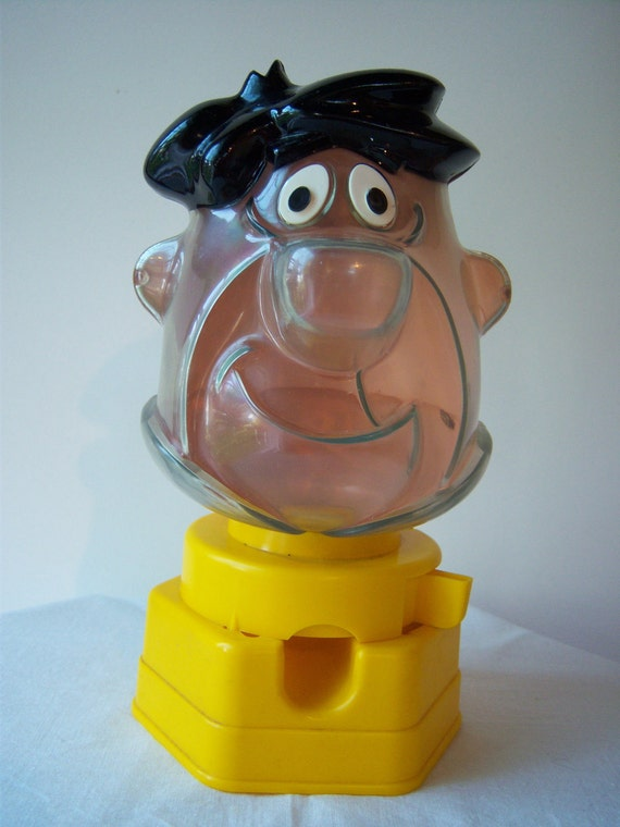 Fred Flinstone 1968 Toy Gumball Machine Bank Hasbro By