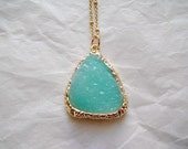 Sparkly Mint Green Necklace