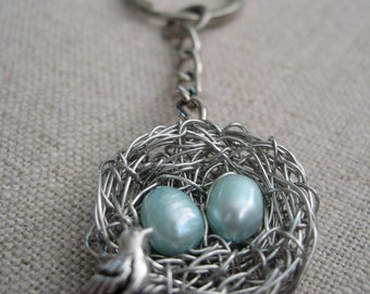 Mother of two - Personalized Keychain for Mother and Sons - Twins / two boys Mother Bird Nest Keyring