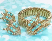 FREE SHIPPING Unique Vintage Tulip Aqua Rhinestone Bracelet and Earring Set - Occupied Japan 1940s