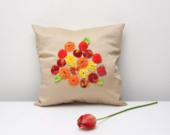 Decorative pillow cover, garden flowers decoration, yo-yo pillow, beige mustard pillow case, childs room decor, Size 11'/28cm x 11'/28cm