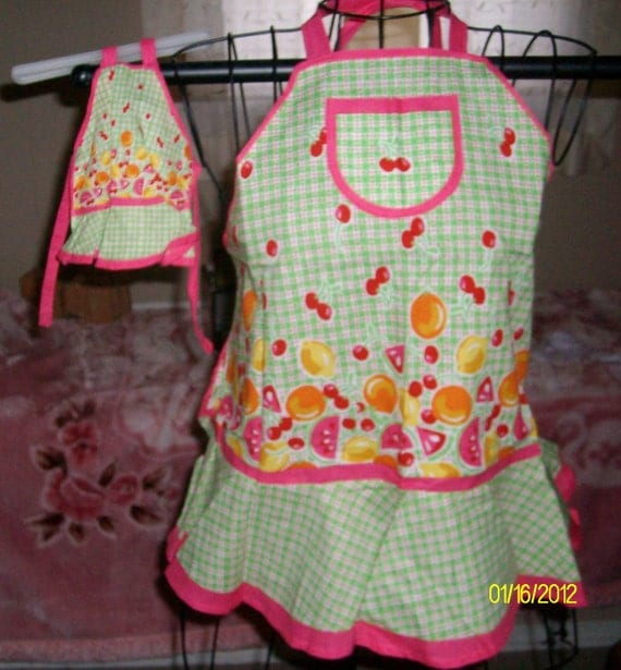 Mother, Daughter & Doll Aprons 3 piece set