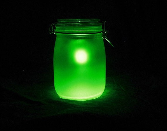 Mason Sun Jar Solar Night Light Lantern Green