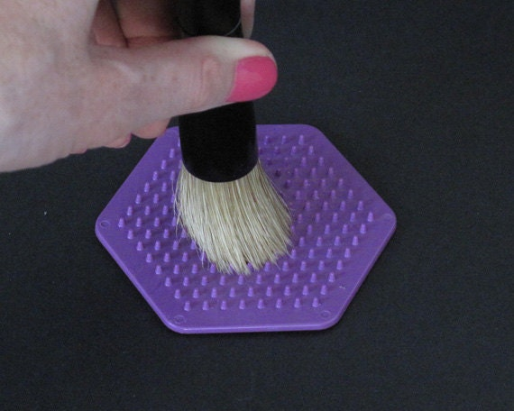 Stencil Brush Scrubber for Cleaning and Preserving Your Stencil Brushes