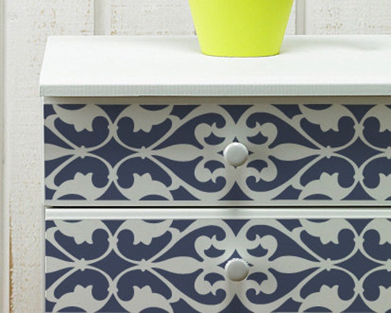 Wall and furniture pattern stencil medium florentine grille for Stencil mobili