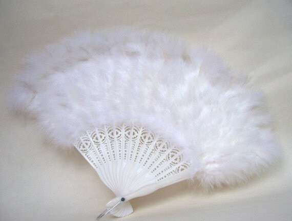 Vintage Marabou White Feather Fan Hand Held Accordion Pleated Fan