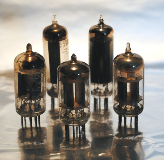 Steampunk Vintage Vacuum Tubes Supplies BL053 Altered Art