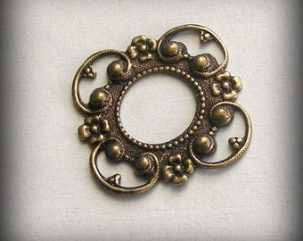 LuxeOrnaments Oxidized Brass Filigree Connector Setting Frame 24mm (1 pc) T381-VJS