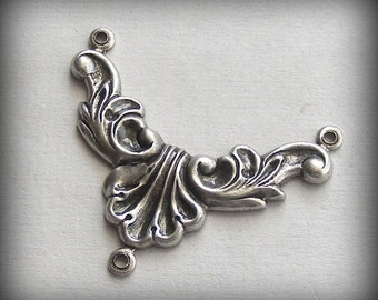 Oxidized Sterling Silver Plated Stamping Rococo Style Necklace 3 Ring Connector (1 pc) E59-VJS F-787-1