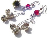 Pretty silver earrings. red and white glass beaded earrings. hammered wire dangle earrings