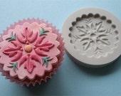 Food Grade Mold (M73) - Decorative Cupcake Topper - Flexible Cupcake Decorating Mold - Reusable - The Art of Cake Dressing
