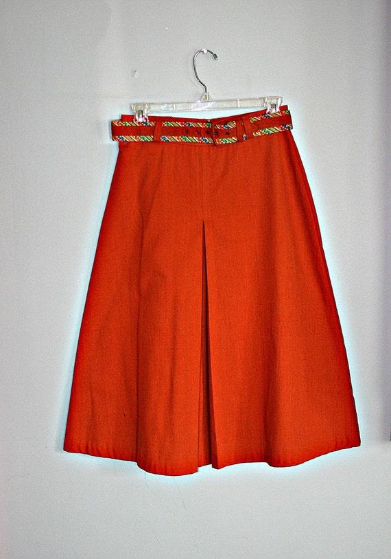 70s BURNT ORANGE Pleated Classic Skirt with Belt....small to medium....mod. orange. autumn. pleated. high waist. women