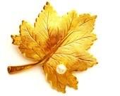 Vintage Sarah Cov Maple Leaf Brooch