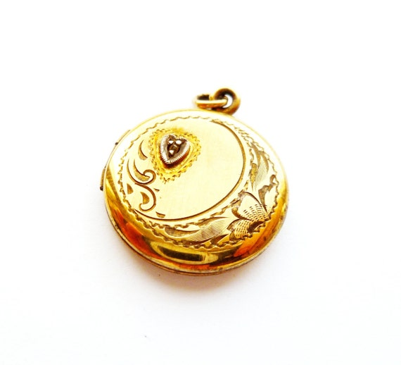 Antique All Co Victorian Sterling Locket with a Chip Diamond