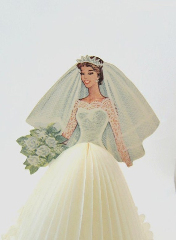 Honeycomb Paper Bride Table decoration 1950s