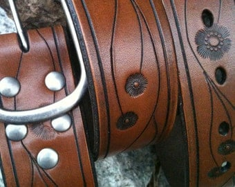 Laurel Canyon Hand-Carved Leather Belt (Antique Brown)
